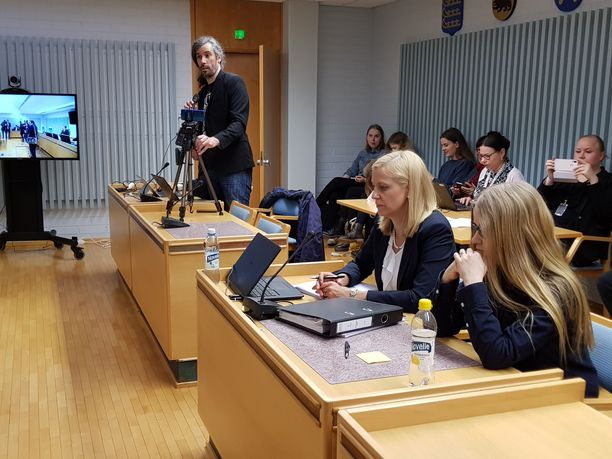 Oulun käräjäoikeus antoi tuomion Johanna Vehkoon kunnianloukkausasiassa.