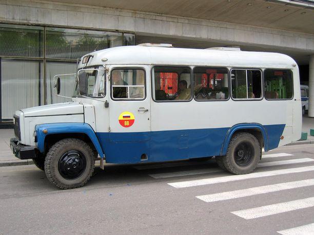 Valko-Venäjän MM-kisamiehistö matkusti Riiasta Minskiin bussilla. Kuvituskuva ei liity juttuun.