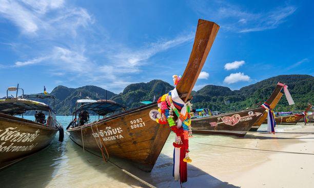 Thaimaa on mainio kohde yksin matkustavalle naiselle.