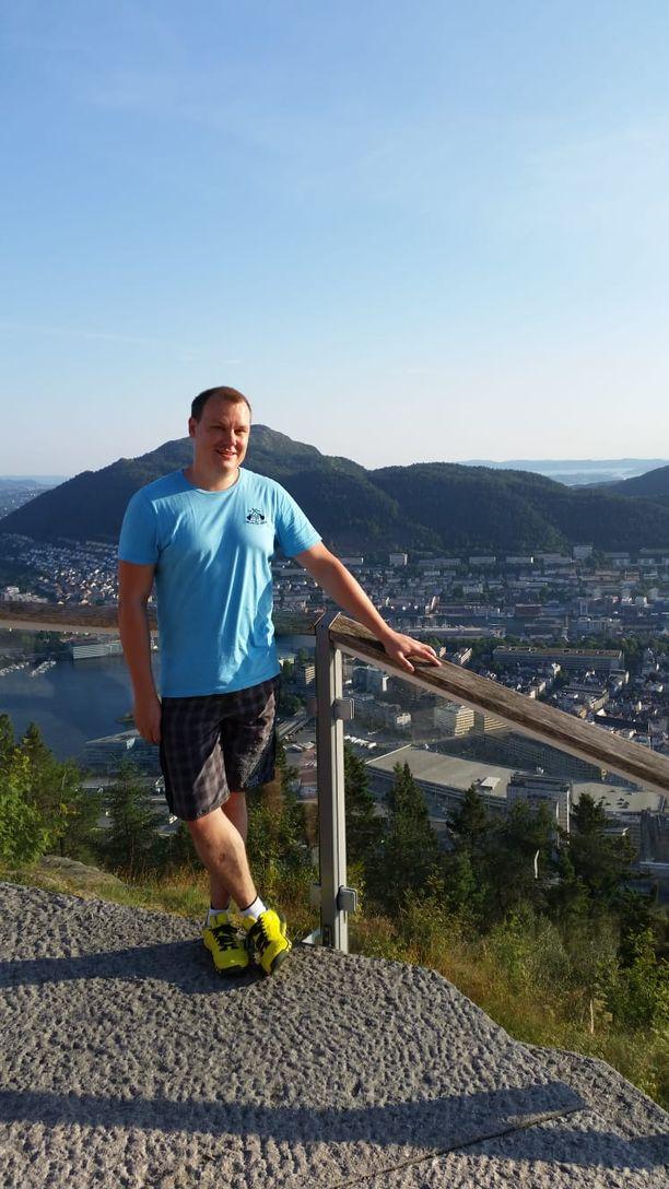 Antti Hyppänen on löytänyt uuden kodin Norjan Bergenistä. Tie tasapainoiseen elämäntilanteeseen ei ollut helppo.