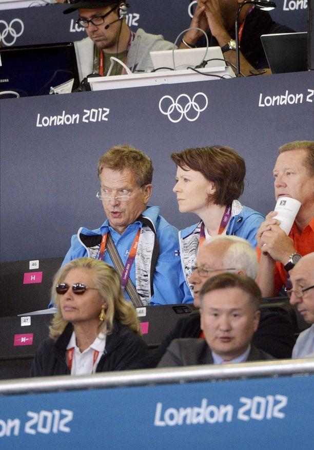 Presidenttipari on seurannut lauantaina tiiviisti olympiaurheilua.