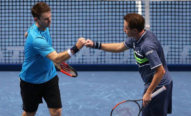 John Peers ja Henri Kontinen pelaavat ATP-finaaliturnauksen välierissä.