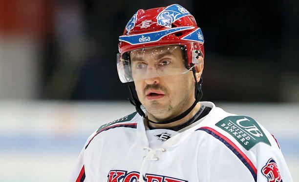 Ville Peltonen oli liekeissä Kuopiossa.