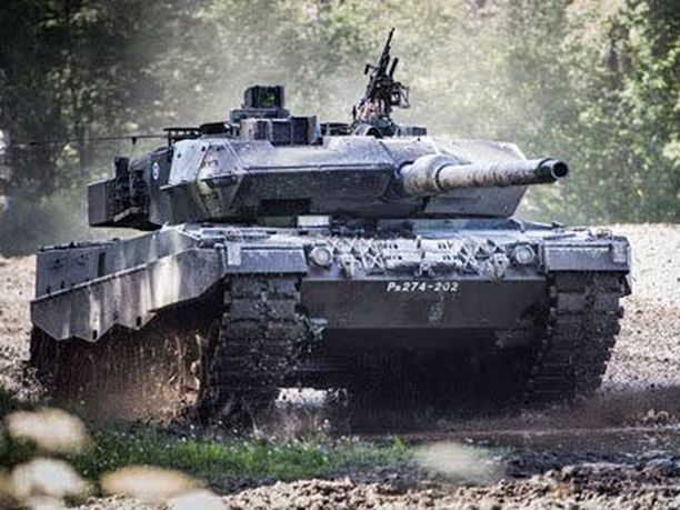 Tunnetko Suomen puolustuksen kulmakivet? Testaa!