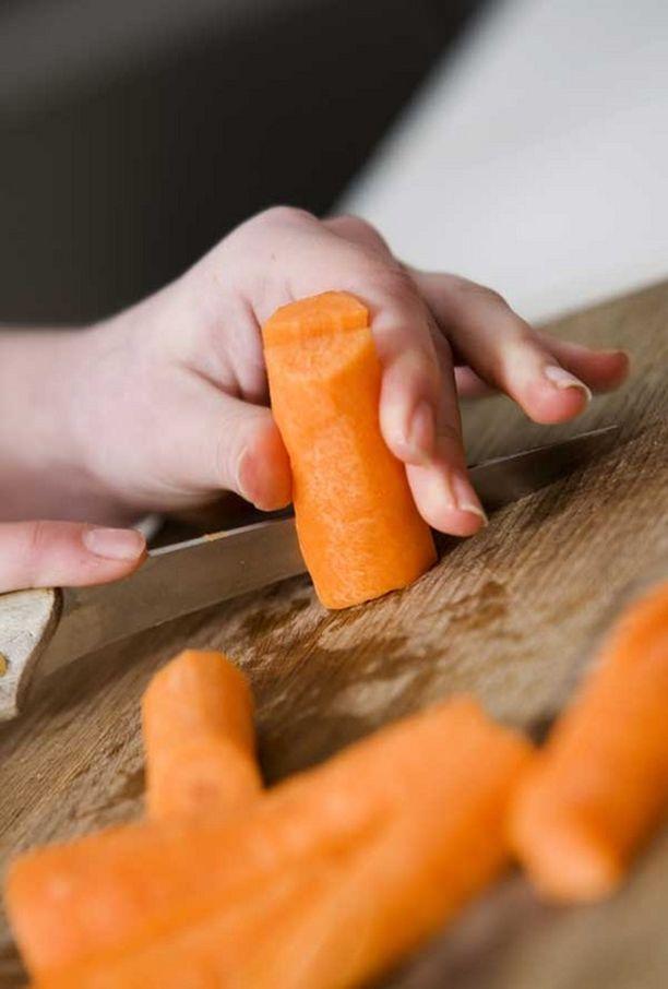 Yksinkertaisuus on parasta. Liian monimutkaisesti valmistetut vihannekset eivät maistu lapsille, toteaa hollantilaistutkimus.