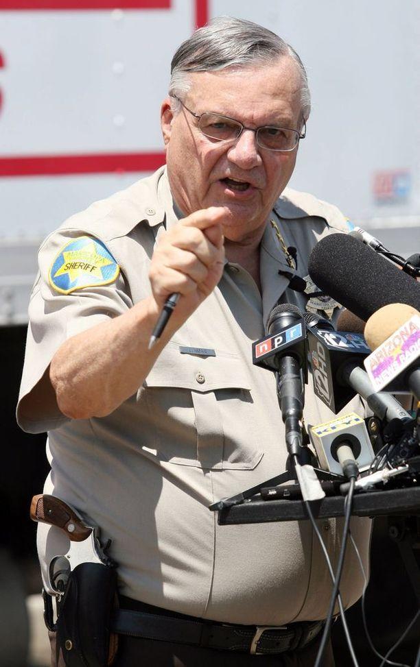 Joe Arpaio todettiin heinäkuussa syylliseksi oikeuden halventamisesta.