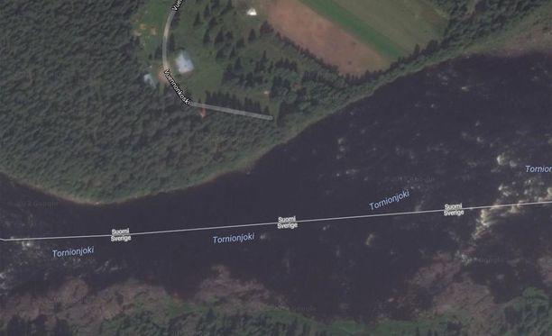 Kalastaja putosi Tornionjokeen yöllä.