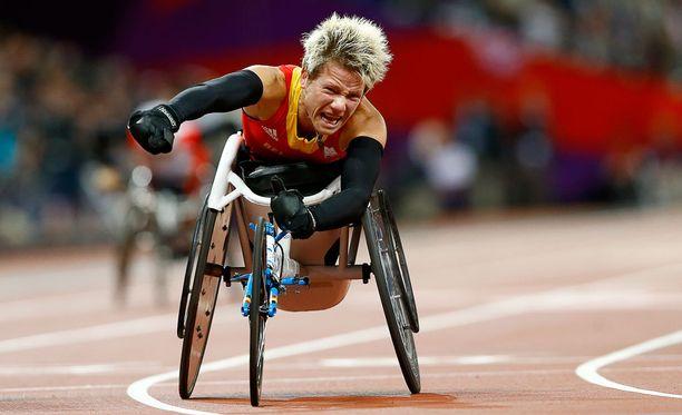 Marieke Vervoort voitti Lontoon paralympialaisissa satasen sileän.