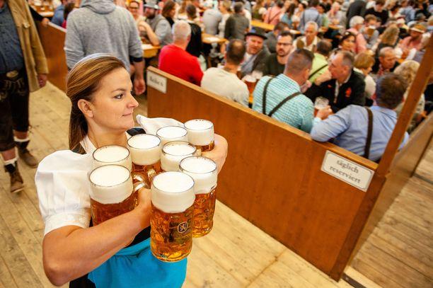 Oktoberfest on käynnissä Münchenissä. (Kuvituskuva)