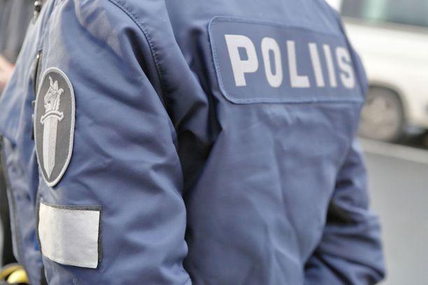 Reservipoliisit toimisivat poliisin apuna esimerkiksi poikkeusoloissa. Kuvituskuva.