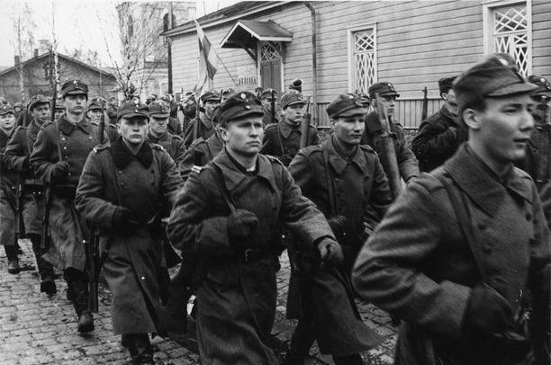 Tuntematon sotilas oli 1980-luvun neljänneksi katsotuin elokuva. Ohi menivät Uuno Turhapuro Armeijan leivissä, Talvisota ja Uuno Epsanjassa.