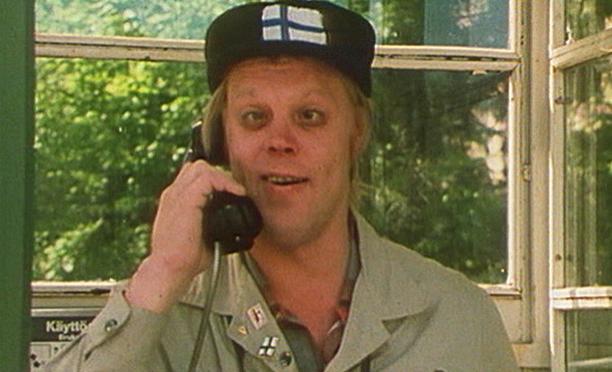 Koeputkiaikuinen ja Simon enkelit -elokuva on valmistunut vuonna 1979. Loirilla on siinä useampi rooli.