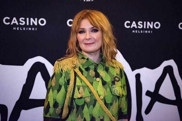 Irina juhlisti Apulantaa Helsingin Casinolla 20. syyskuuta.