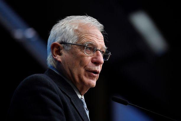EU-diplomaatti Josep Borrell toivoo Venäjän koronarokotetta EU:hun.