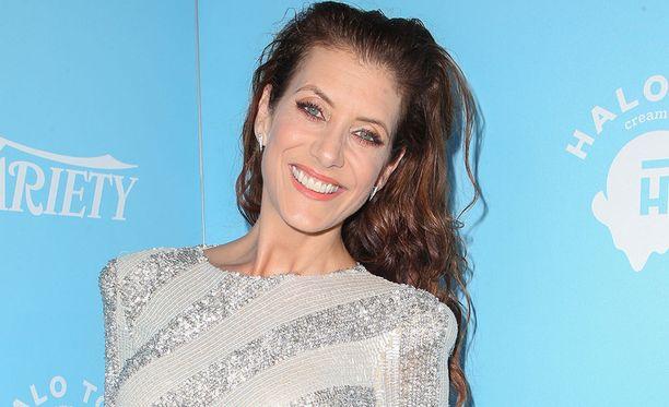 Walsh tunnetaan myös tuoreesta Kolmetoista syytä -televisiosarjasta.