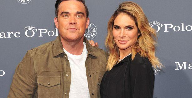 Robbie Williams ja Ayda Field ovat nyt neljän lapsen vanhempia.