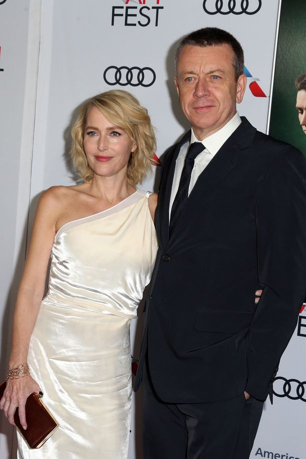 Gillian Anderson ja Peter Morgan olivat yhdessä neljä vuotta. Pari ei ollut naimisissa.