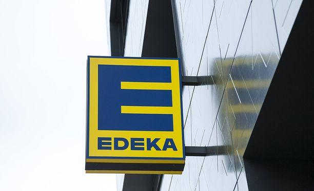 Veitsimies puukotti Bild-lehden mukaan Edeka-kaupassa satunnaisia asiakkaita.