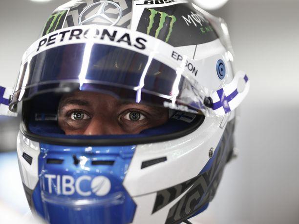 Valtteri Bottas koki kantapään kautta sen, miten tärkeää Singaporen GP:n aika-ajoissa on saada aivan kaikki kohdalleen.