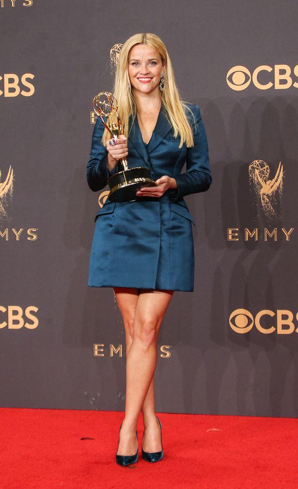 Reese Witherspoonin asu oli erikoinen valinta punaiselle matolle.