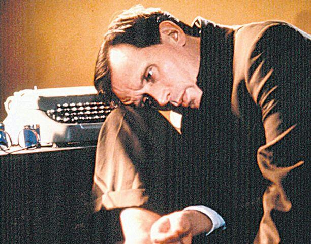 ALASTON LOUNAS Surrealismi kukoistaa William Burroughsin klassikon filmatisoinnissa.