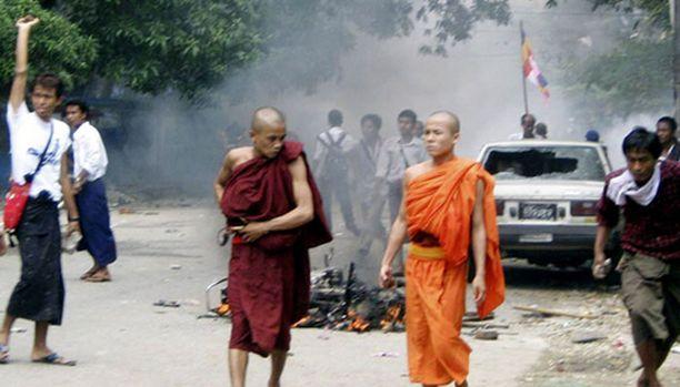 Burman levottomuudet ovat vaatineet jo kuolonuhreja.