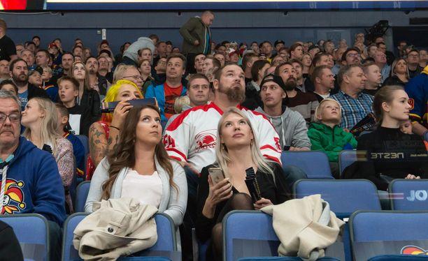 Jokerien tämän kauden runkosarjan kotiottelujen yleisökeskiarvo Hartwall-areenassa ylitti 9000 katsojan rajapyykin.