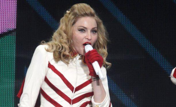Madonna villitsi yleisön Milanon konsertissaan.