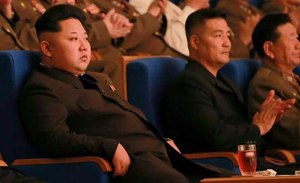 Ydinreaktorin käynnistämisen pelätään vihjaavan, että Pohjois-Korea saattaa suunnitella pitkän matkan raketin laukaisemista. Kuvassa Pohjois-Korean diktaattori Kim Jong-un.