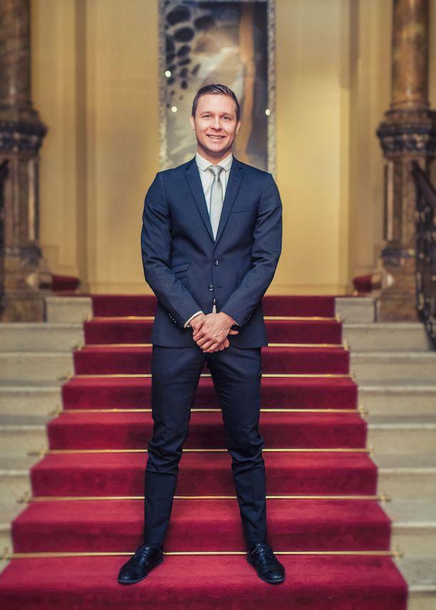 Tuomas Sahimaa haki rakkautta Bachelor Suomi -ohjelmasta.
