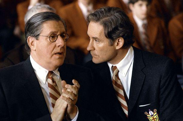 Yli 40-vuotisen uran tehnyt Herrmann näytteli Kevin Klinen kanssa elokuvassa Keisareiden kerho.