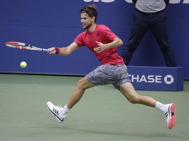 Dominic Thiem voitti uskomattoman taistelun jälkeen Yhdysvaltain avointen miesten finaalin.
