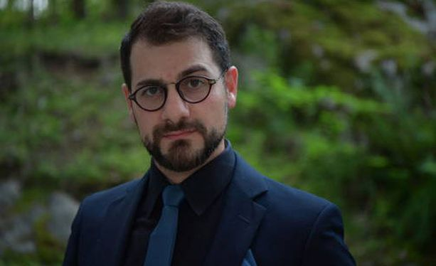 Keskiviikkona oikeudessa kuultiin muun muassa Hasan Alazawiita, joka juoksi puukottajan perään pysäyttääkseen hänet ja sai itse samalla puukosta.