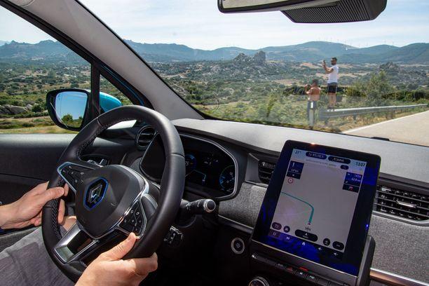 Renaultin uusi kymmentuumainen digimittaristo on ensimmäistä kertaa istutettu tuotantoautoon.