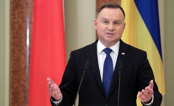 Puolan presidentillä Andrzej Dudalla todettiin koronatartunta lauantaina.