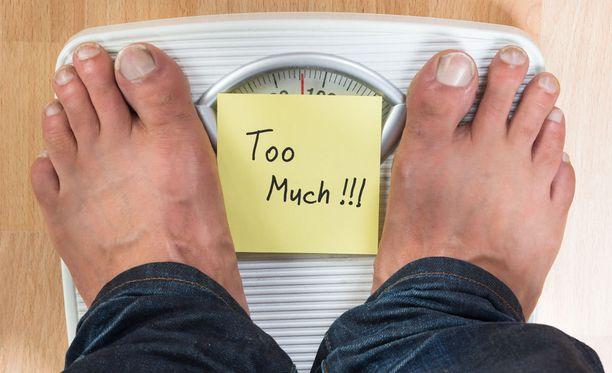 Nuorena lihavat sairastuvat normaalipainoisia enemmän maksasairauksiin.