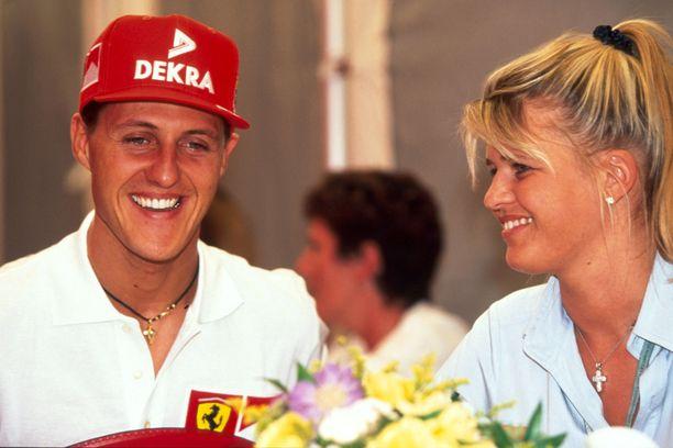 Michael Schumacher ja Corinna-vaimo ovat olleet naimisissa vuodesta 1995.