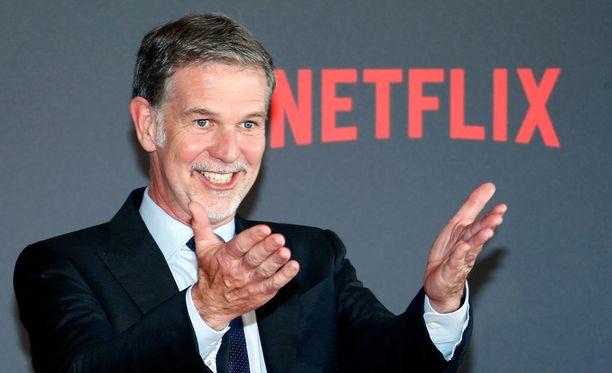 Netflixin toimitusjohtaja ja kanssaperustaja Reed Hastings Ranskassa tehdyn Marseille-sarjan ensi-illassa 4. toukokuuta.