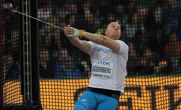 David Söderberg jäi alle 70-metriseen EM-kisojen karsinnassa.