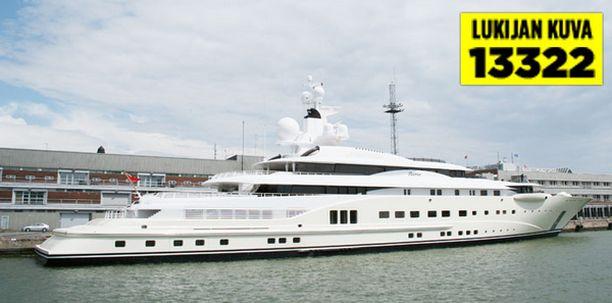 Luksusaluksen arvo on huikeat 250 miljoonaa euroa.