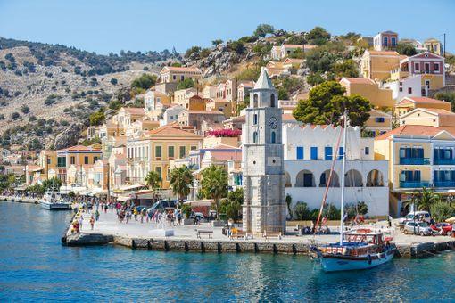 Kreikassa on runsaasti mielenkiintoisia saaria.