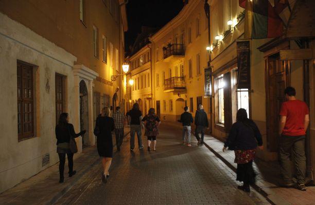 Vanhankaupungin kaduilla on tunnelmaa.