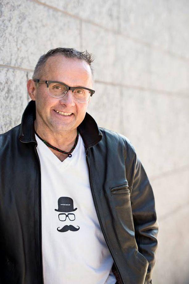 Seppo Fränti ei jaksa katsella kokemansa jälkeen television Selviytyjä-ohjelmia. Ne tuntuvat omien kokemusten jälkeen lapsellisilta.