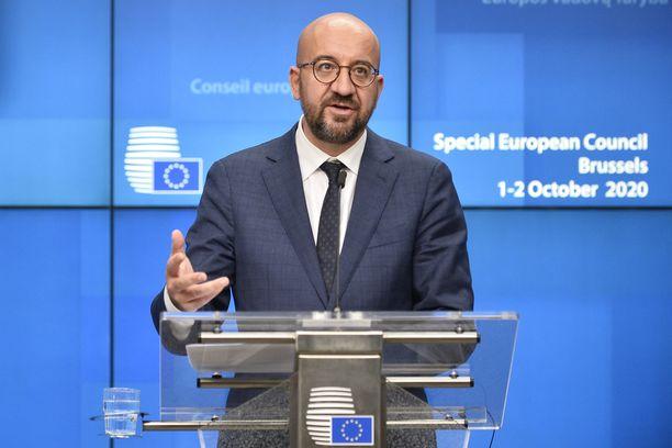 Eurooppa-neuvoston puheenjohtaja Charles Michel puhui toimittajille Brysselissä.