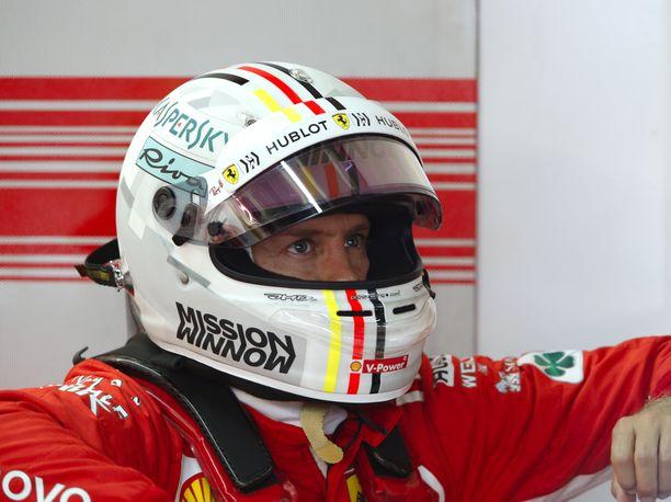 Sebastian Vettel hölmöili Brasilian GP:n aika-ajoissa.