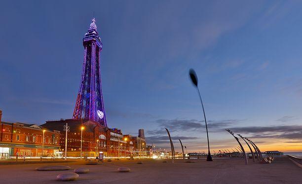 Rantakaupunki Blackpoolin kuuluisin maamerkki on pienennetty versio Eiffel-tornista.