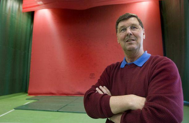 Leo Pusa, 70, on valmentanut lukuisia suomalaisia huippuheittäjiä.