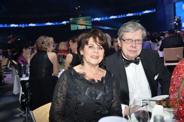 Pirkko ja hänen miesystävänsä Göran Stubb kuvattiin noin vuosi sitten yhdessä Urheilugaalassa. Kaksikko nähdään usein myös kulttuuritapahtumissa ja teatterissa.