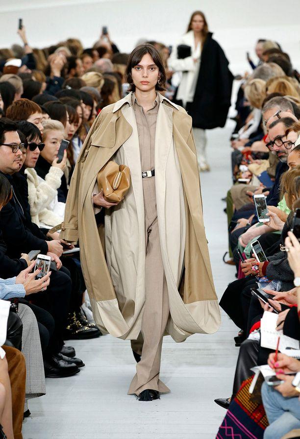 Vertailun vuoksi: tältä näytti Phoebe Philon viimeinen Céline-mallisto.
