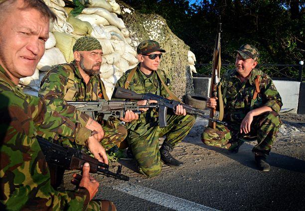 - Menetimme Slovjanskin. Joukkomme ovat poistuneet kaupungista, Donetskin kansantasavallan tiedottaja Klaudia Kulbitskaya vahvisti Iltalehdelle.